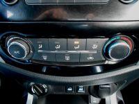 NissanNP300 Navara 2.3Dci Doble Cabina