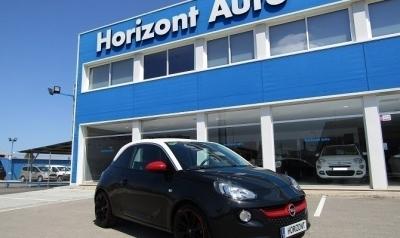 Opel Adam 1.4 XEL 101cv Negro metalizado