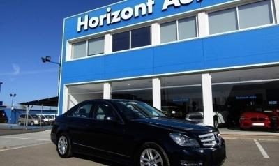 Mercedes-Benz Clase C C220 2.0 CDI Avantgarde 170cv Azul metalizado