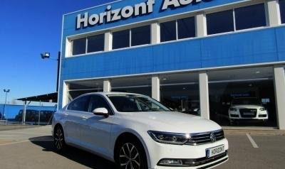 Volkswagen Passat 2.0TDI Advance BMT 150cv Blanco