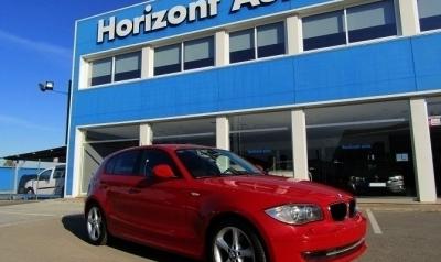 BMW Serie 1 118D 2.0 143cv Rojo metalizado