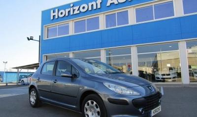 Peugeot 307 1.6 HDI X-Line 90cv Gris metalizado