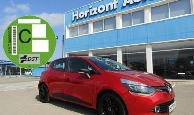 Renault Clio Dci Bussines 75cv Rojo metalizado