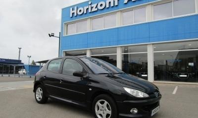 Peugeot 206 HDi Xs Clima 70cv Negro metalizado