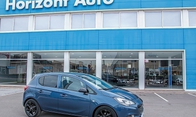 Opel Corsa 1.4i Color Edition 90cv Azul metalizado