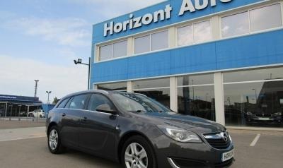 Opel Insignia Sport Tourer 130cv Azul metalizado