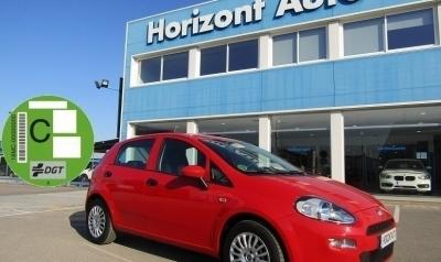 Fiat Punto 1.2Easy  70cv Rojo metalizado