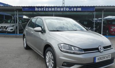 Volkswagen Golf 1.0TSi 110cv Business 110cv Gris metalizado