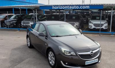 Opel Insignia 1.6CDTi Business 136cv Gris metalizado
