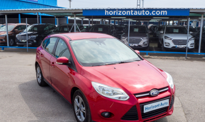 Ford Focus 1.6TDCi  115cv Granate